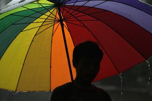 Отразяването на ЛГБТ в българските онлайн медии: преобладаващо стереотипизиращо и хомофобско